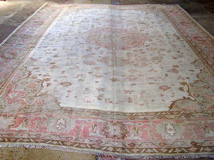 Indian carpet, probably Amritsar 540 x 370cm
