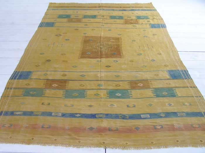 Silk Moroccan embroidered kilim 280 x 174cm