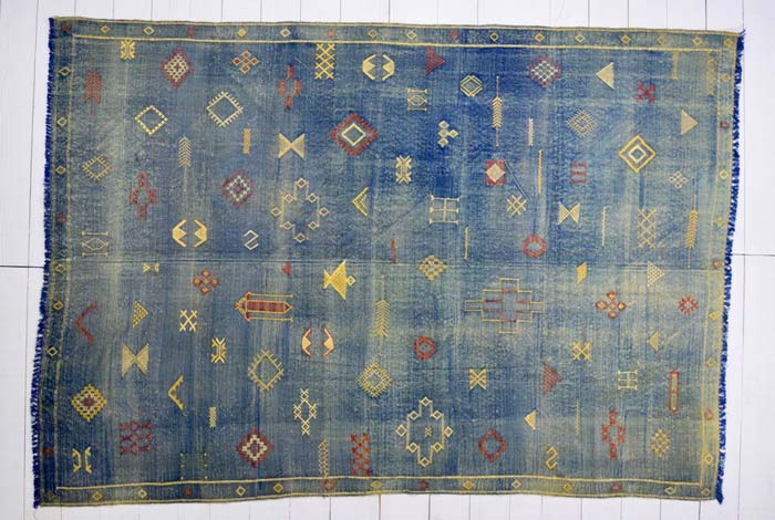 Silk Moroccan embroidered kilim 262 x 189cm